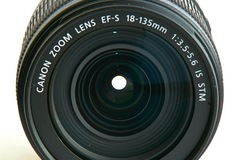 Rentals: Canon EF-S 18-135 F/3,5-5,6 IS STM