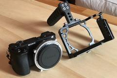 Vermieten: Sony A6500 + EF Metabones Speedbooster + SmallRig Cage