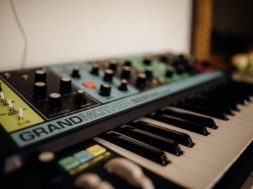 Rentals: Sequential Prophet-6/ Grand Mother Moog/ Roland TR-08 drum