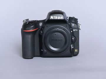Rentals: Nikon D750
