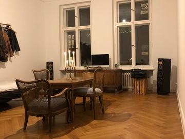 Rentals: Beautiful 34sqm room in a 210sqm old flat