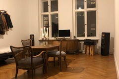 Studio/Spaces: Beautiful 34sqm room in a 210sqm old flat