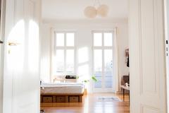 Rentals: Spacious and bright Studio near Warschauer Str.