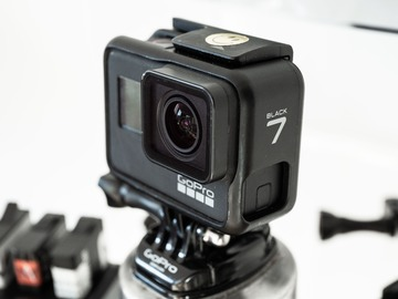 Rentals: GoPro hero 7 Black BUNDLE (Case + 6 Batteries + Mounts...)
