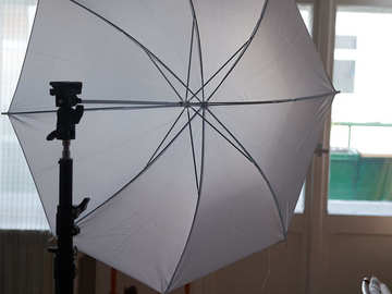 Vermieten: Walimex pro light stand 2,65m and an 83cm translucent white