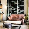 Studio/Spaces: Italienische Weinhandlung am Prenzlauer Berg