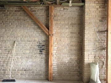 Rentals: Loft under renovation with brick walls, Kreuzberg