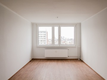 Studio/Spaces: High-rise at Hackescher Markt with amazing view