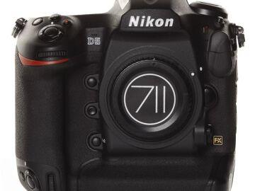 Rentals: Nikon D5 Body 20,7MP