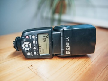 Rentals: Flash Yongnuo YN-560 Mark III
