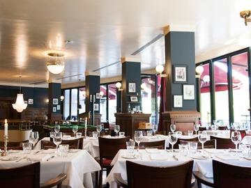 Studio/Spaces: Restaurant im Brasserie-Stil mit Terrasse direkt am Ku'damm