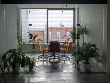 Studio/Spaces: Beautiful Meeting Room
