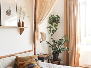 Studio/Spaces: Scandi flat with earthy tones, natural materials and sea of light