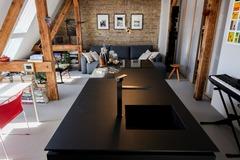 Studio/Spaces: Bright design Loft & Rooftop in Altbau @ Berlin Neukölln