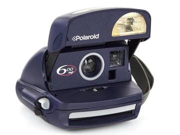 Rentals: Polaroid 600 af vintage instant camera