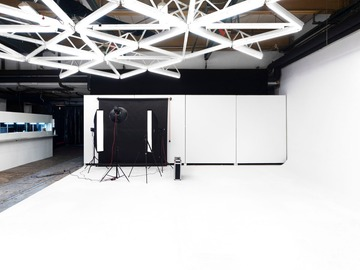 Studio/Spaces: 285 sqm rare warehouse studio / event location