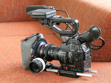 Rentals: Canon C300 Mark II Kit with Batteries, CFAST-Cards and Canon Zoom