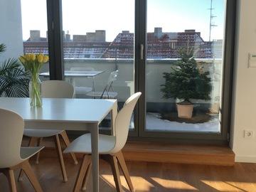 Studio / Räumlichkeiten: Modern and bright penthouse friedrichshain with big balcony