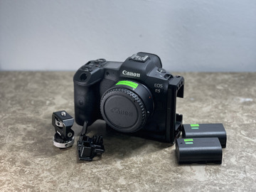 Vermieten: Canon EOS R5 (SmallRig L-Bracket + EF Adapter)