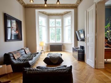 Studio/Spaces: Beautiful and large 115 sqm Altbau apartment in Kreuzberg